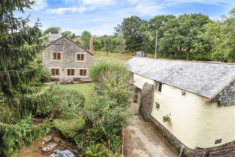 5 Bedrooms Detached House for sale in Swimbridge, Barnstaple, Devon, EX32