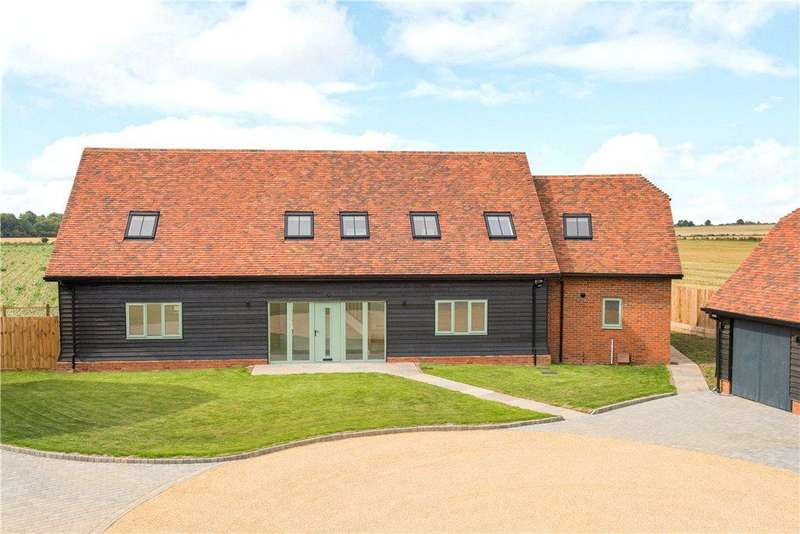 4 Bedrooms Detached House for sale in High Street, Great Barford, Bedfordshire