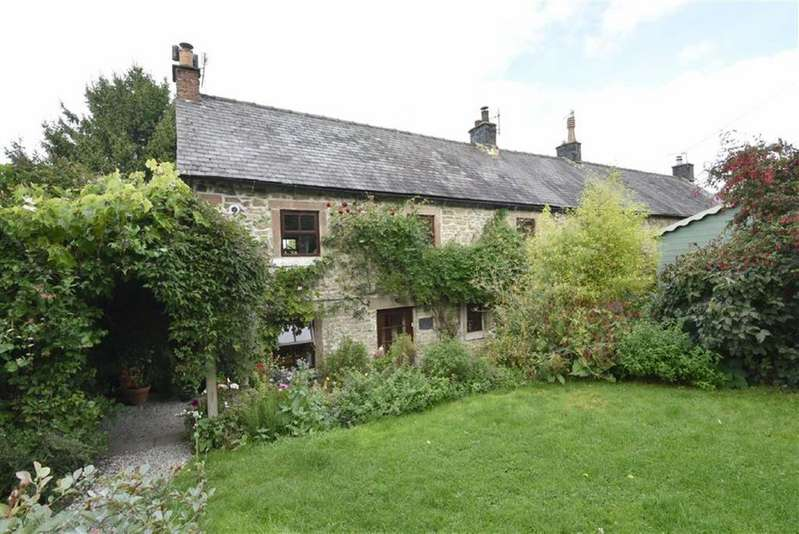 3 Bedrooms Cottage House for sale in The Hideaway, Woolleys Yard, Winster, Matlock, Derbyshire, DE4