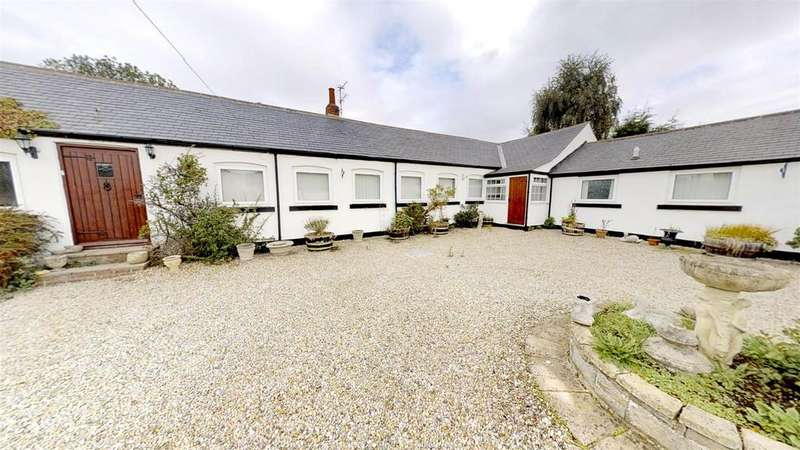 4 Bedrooms Detached Bungalow for sale in Mainsforth, Ferryhill