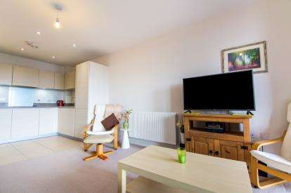 1 Bedroom Flat for sale in Prowse Court 74 Fore Street, Upper Edmonton, London