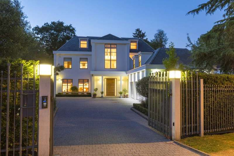 5 Bedrooms Detached House for sale in Coombe Ridings, Kingston Hill