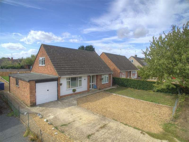 4 Bedrooms Chalet House for sale in Ramsey Road, St. Ives, Cambridgeshire