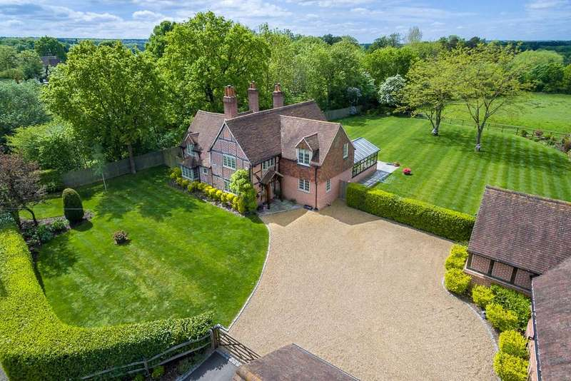 5 Bedrooms Detached House for sale in The Street, West Clandon, Guildford, Surrey