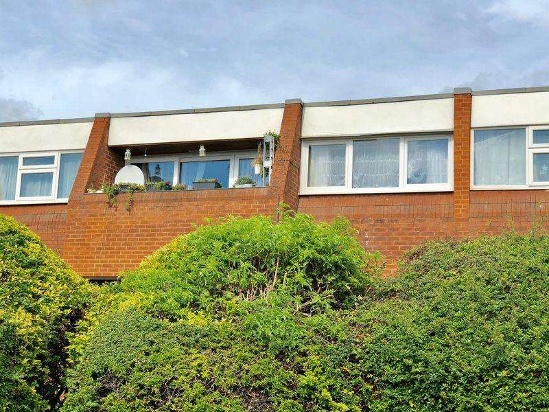 1 Bedroom Apartment Flat for sale in Burns Road, Loughborough