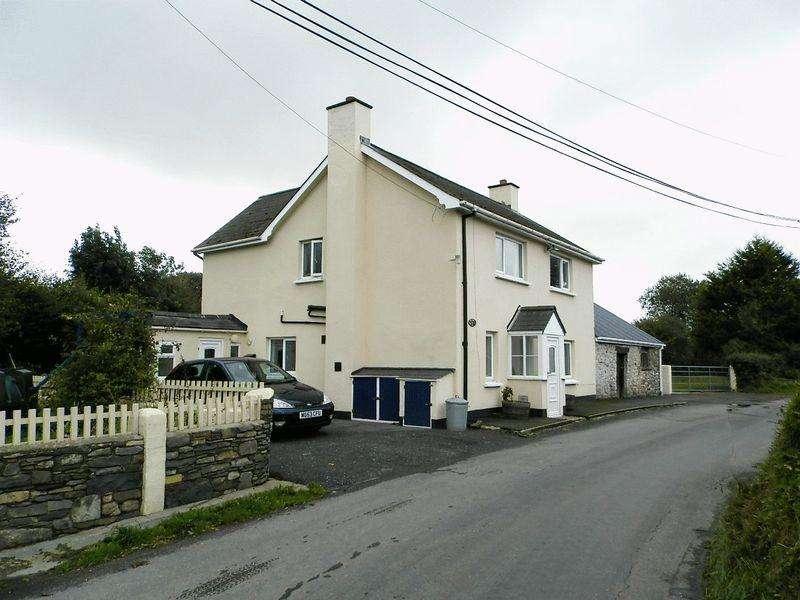3 Bedrooms Detached House for sale in Llanrhystud, Ceredigion