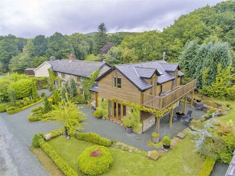 4 Bedrooms Detached House for sale in Llangadfan