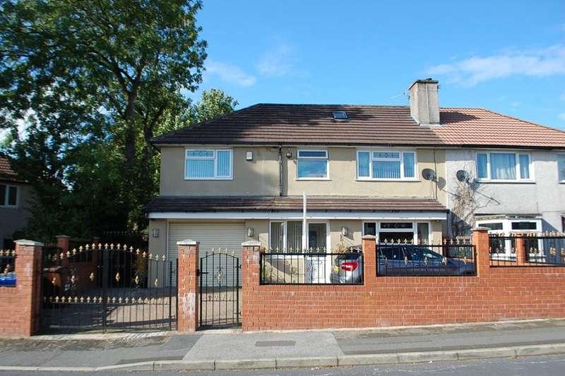 5 Bedrooms Semi Detached House for sale in Buttermere Road, Ashton-Under-Lyne, OL7