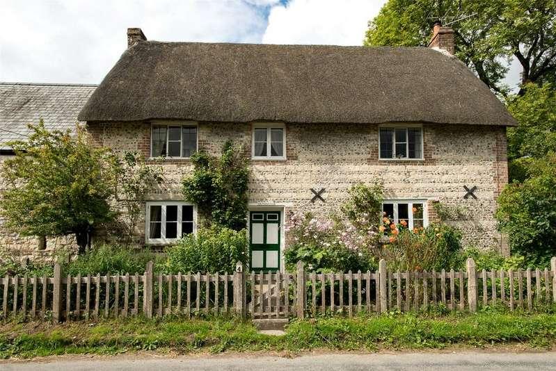 4 Bedrooms Detached House for sale in Dorchester Road, Sydling St. Nicholas, Dorchester, DT2