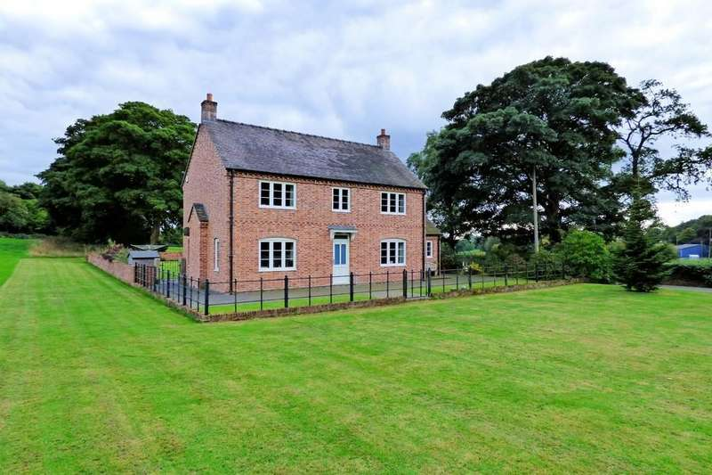3 Bedrooms Detached House for sale in New House Farm, Freehay, Cheadle