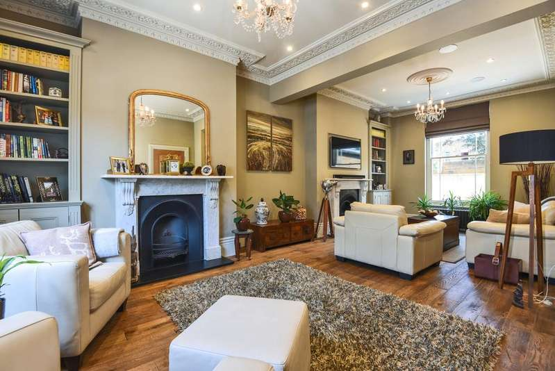 5 Bedrooms Semi Detached House for sale in Egerton Drive Greenwich SE10