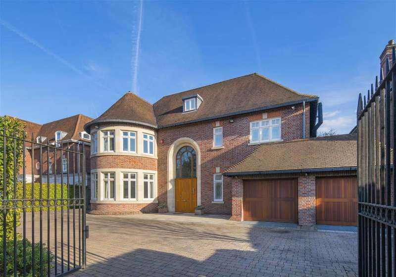 8 Bedrooms Detached House for sale in THE BISHOPS AVENUE, N2