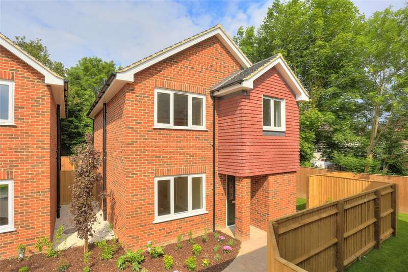 3 Bedrooms Detached House for sale in Holly Close, St. Julians Road, St Albans, Hertfordshire, AL1