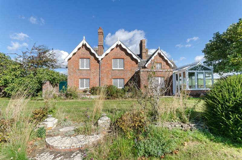 7 Bedrooms Detached House for sale in Arundel Road, Clapham, West Sussex, BN13