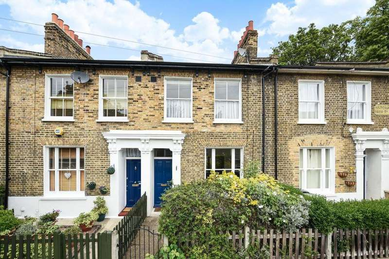 2 Bedrooms Terraced House for sale in Hatcham Park Road, New Cross