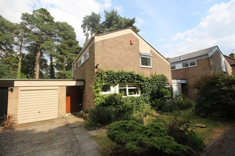 3 Bedrooms Detached House for sale in Heathermount, Bracknell