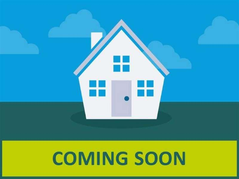 5 Bedrooms Detached House for sale in The Shires, Droylsden, Manchester