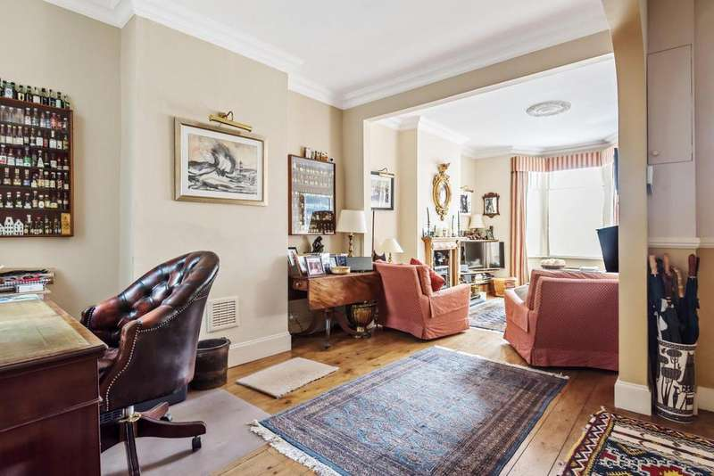 4 Bedrooms Terraced House for sale in Temperley Road, Balham