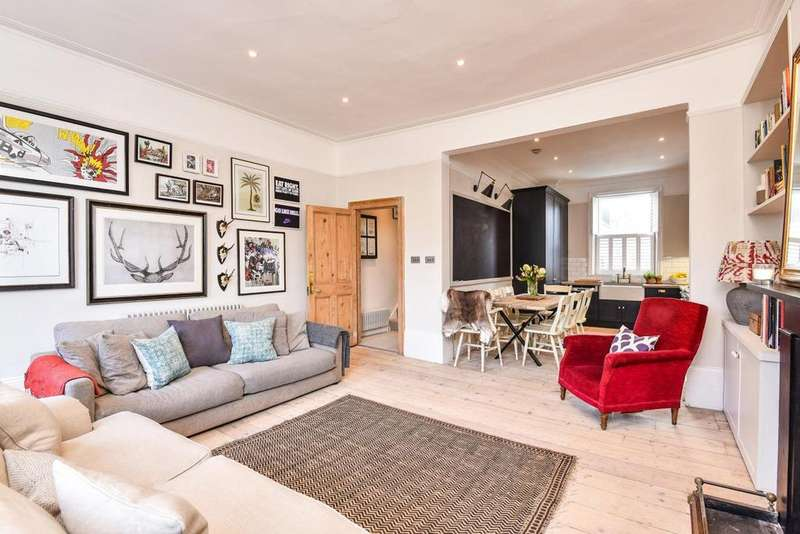 3 Bedrooms Flat for sale in Richborne Terrace, Oval