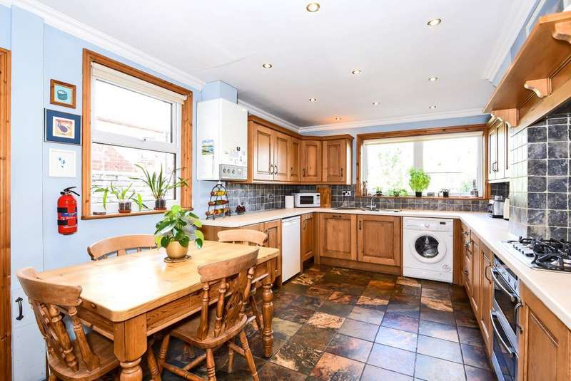 3 Bedrooms House for sale in Brisbane Road, Reading, RG30