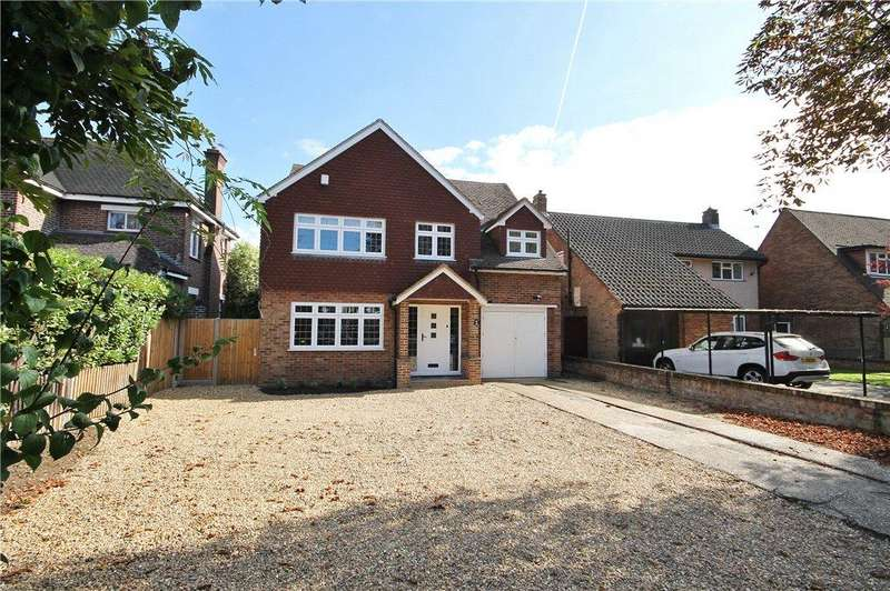 4 Bedrooms Detached House for sale in The Avenue, Sunbury-on-Thames, Surrey, TW16