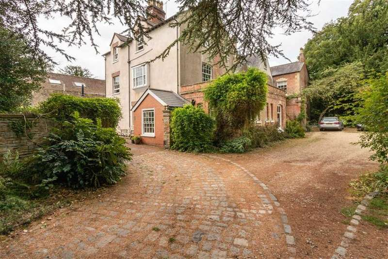 4 Bedrooms Unique Property for sale in Westbury-on-Severn, Gloucestershire