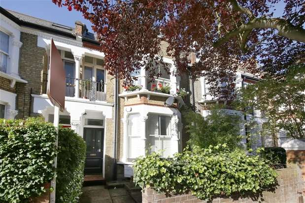 2 Bedrooms Flat for sale in Romola Road, Herne Hill