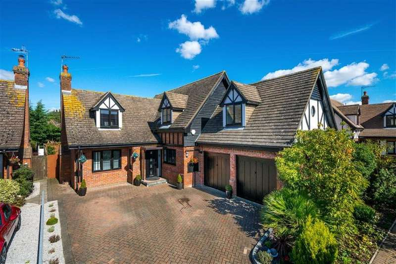 5 Bedrooms Detached House for sale in Turnberry Drive, St Albans, Hertfordshire