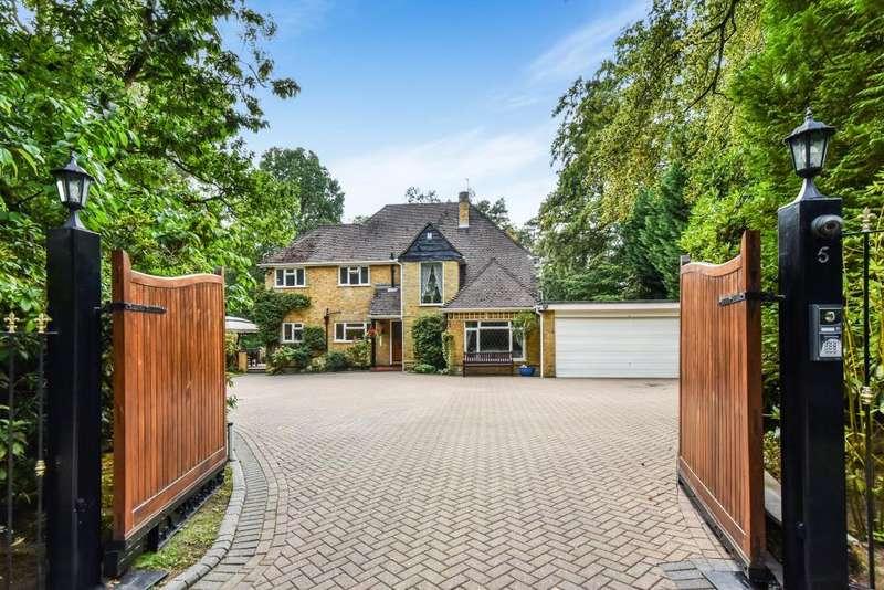 5 Bedrooms Detached House for sale in Bagshot, Surrey, GU19