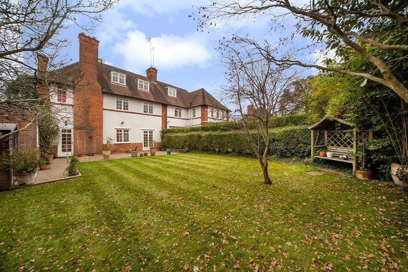 5 Bedrooms Semi Detached House for sale in Northway, Hampstead Garden Suburb, London