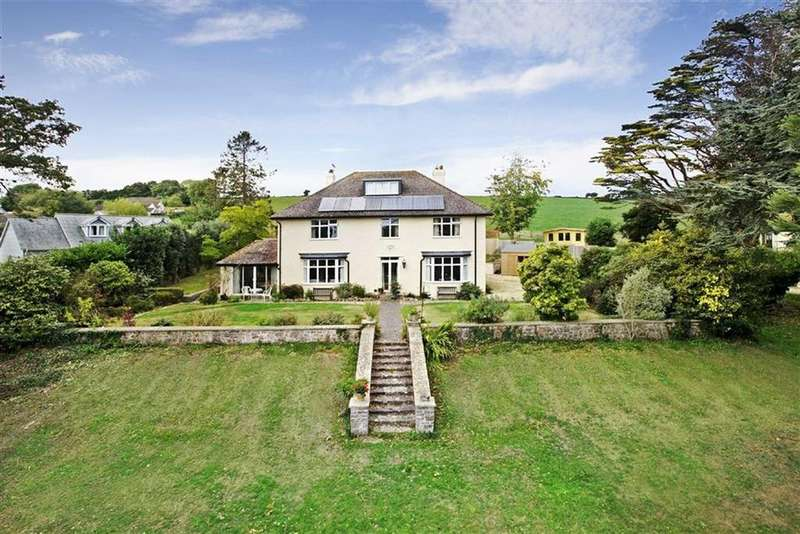 5 Bedrooms Detached House for sale in Seaton Down Hill, Jurassic Coast, Seaton, Devon, EX12