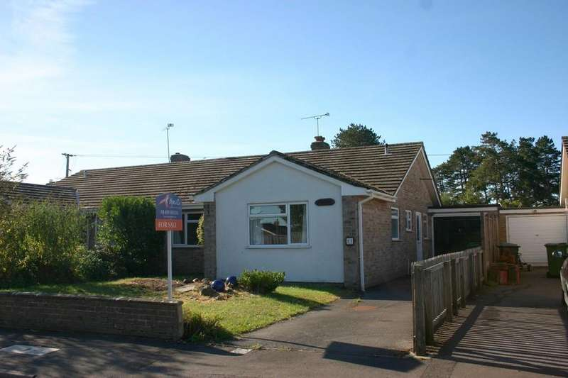 4 Bedrooms Semi Detached Bungalow for sale in Sanden Close, Hungerford