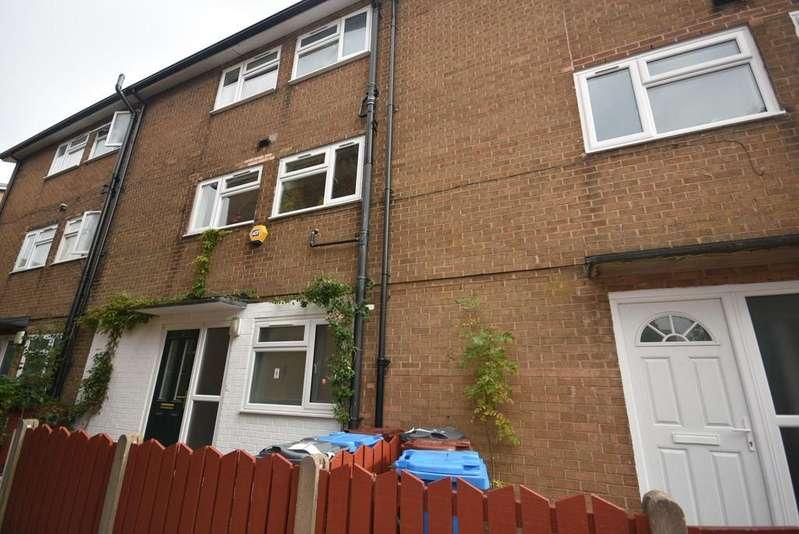 2 Bedrooms Maisonette Flat for sale in Dudlow Walk, Manchester, M15 4DJ