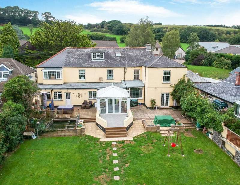 8 Bedrooms Detached House for sale in North Road, Lifton