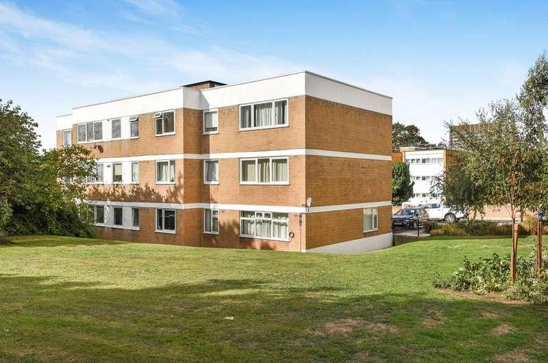 1 Bedroom Flat for sale in Belmont Hill London SE13