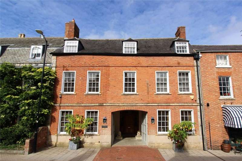 4 Bedrooms Terraced House for sale in Sheep Street, Shipston-on-Stour, Warwickshire, CV36