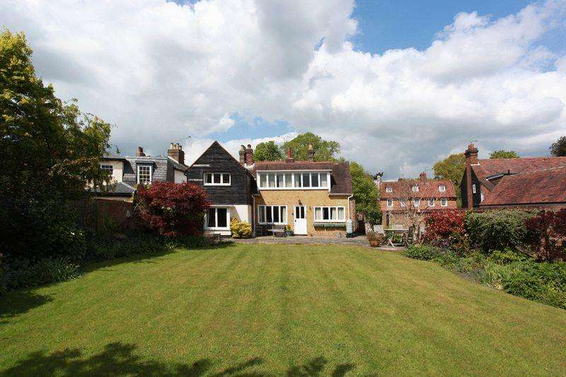 5 Bedrooms Semi Detached House for sale in High Street, Stock Village