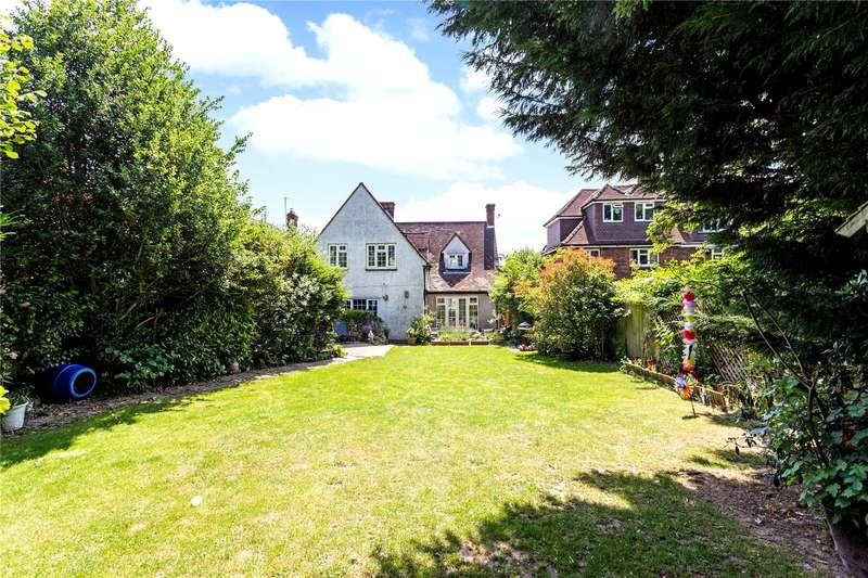 4 Bedrooms Detached House for sale in Lavender Cottage, 51 Hadlow Road, Tonbridge, TN9