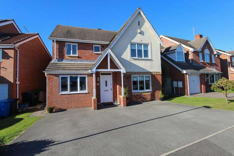 4 Bedrooms Detached House for sale in Oadby Drive, Hasland , Chesterfield