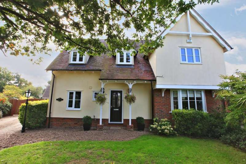 4 Bedrooms Detached House for sale in Harrington Close, Tiptree, CO5 0JD