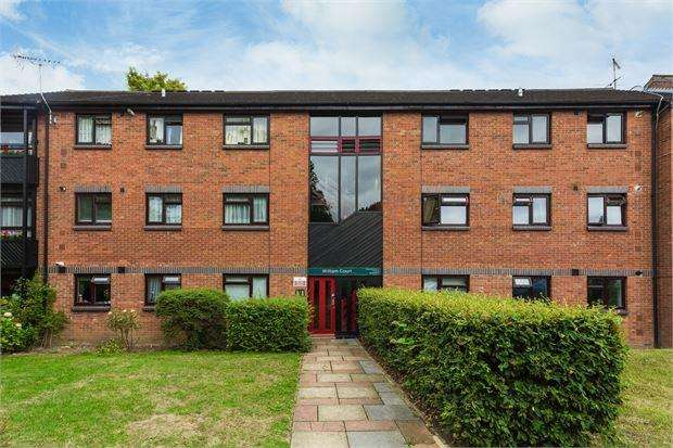 2 Bedrooms Apartment Flat for sale in William Court , Ealing , Ealing , London . W5 1TU
