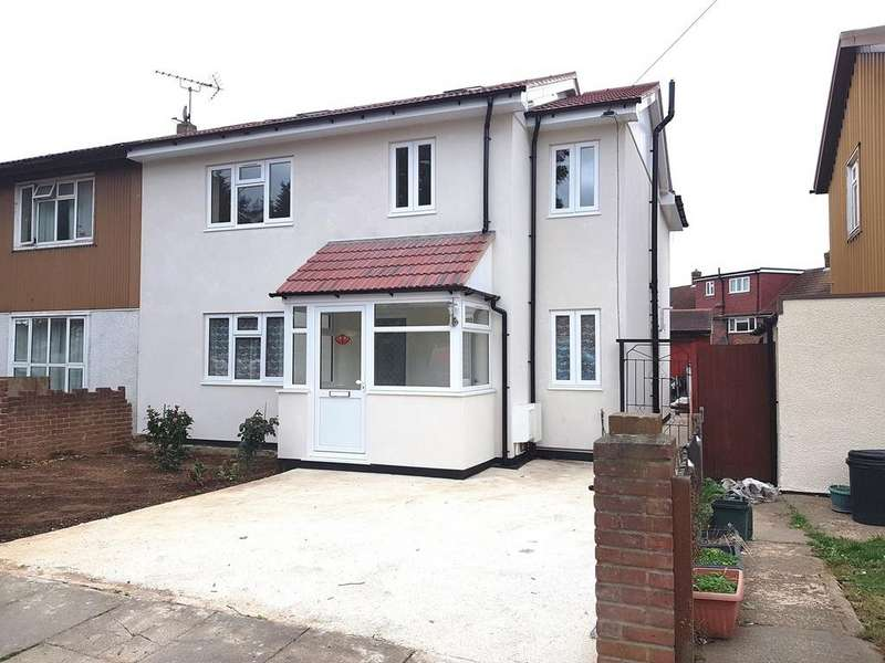4 Bedrooms Semi Detached House for sale in Conway Drive