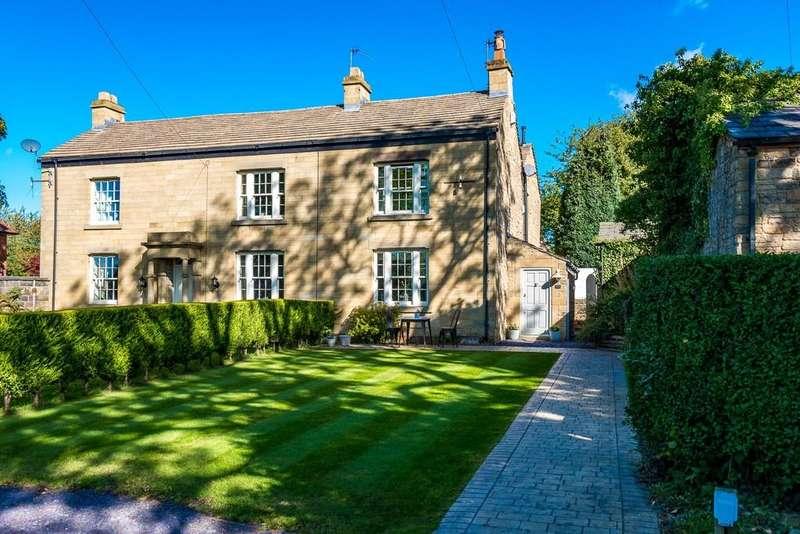 4 Bedrooms Semi Detached House for sale in Garswood Road, Billinge, Nr Wigan