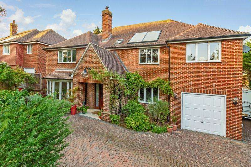 5 Bedrooms Detached House for sale in Findon Road, Worthing