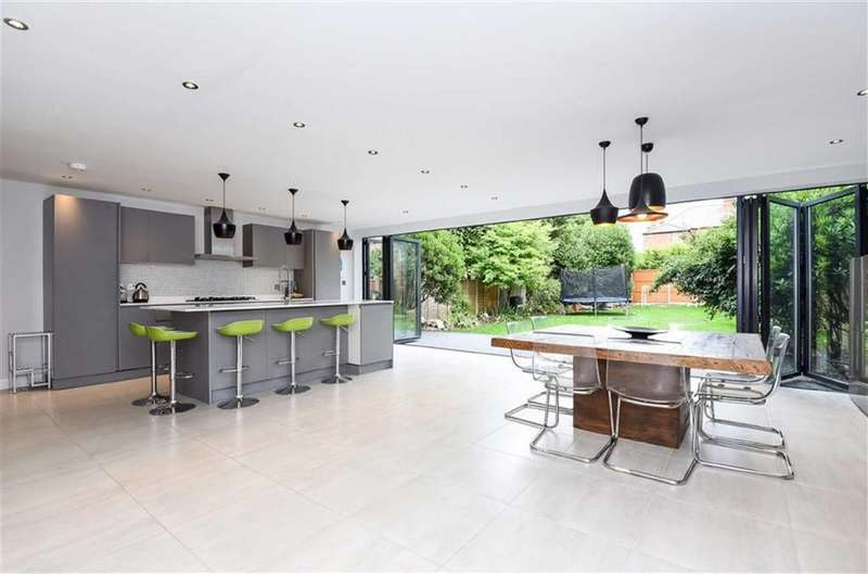 5 Bedrooms Semi Detached House for sale in Meredith Avenue, Cricklewood, London, NW2