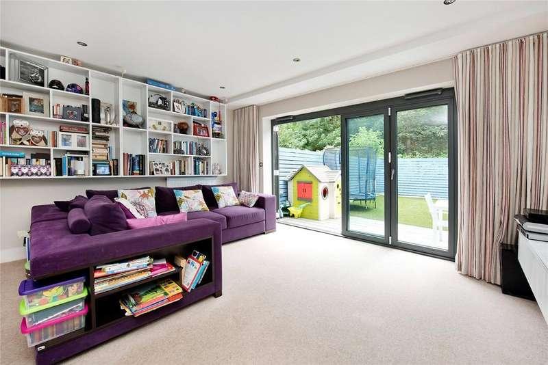 3 Bedrooms Terraced House for sale in Glenton Mews, Nunhead, London, SE15