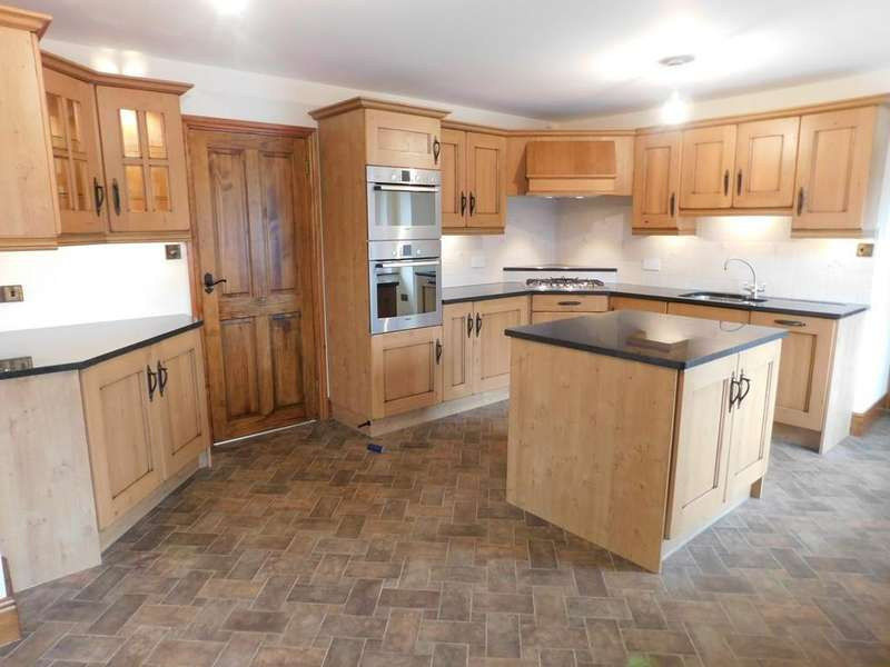 3 Bedrooms Semi Detached House for sale in Princes Street, Broughton-in-Furness, Cumbreia LA20 6HQ