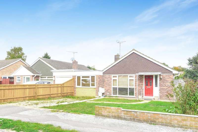 3 Bedrooms Detached Bungalow for sale in White Lodge Close, Tilehurst, RG31