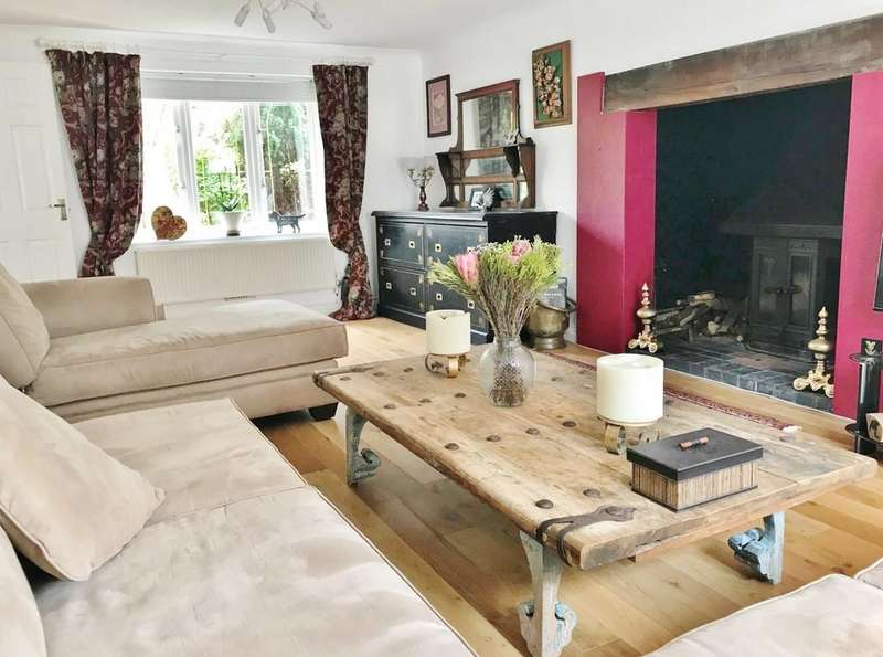 4 Bedrooms Detached House for sale in Tidworth Close, Swindon
