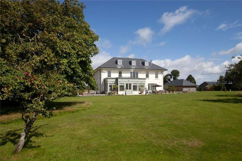 6 Bedrooms Detached House for sale in Colemore, Hampshire, GU34